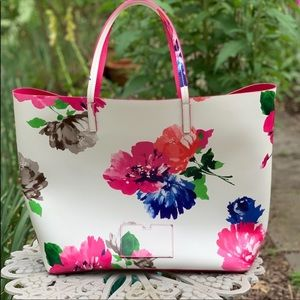 Kate Spade Turn Over a new Leaf tote gently used